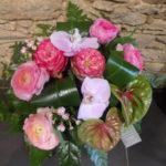 bouquet rond rose renoncule